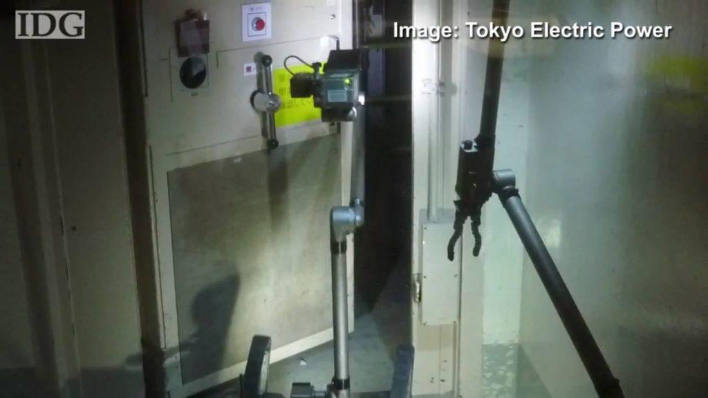 Robots enter Fukushima reactor building