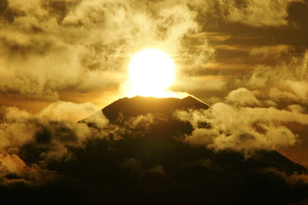 【奇跡と感動】救世主と仏陀の預言と伝説              『新・霊界物語 第百十二話』